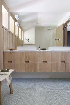 Bo Bedre Norge Designers Guild, Powder Room, Kitchens, Bathtub, Storage, Instagram Posts, Furniture, Home Decor, Scandinavian Interiors