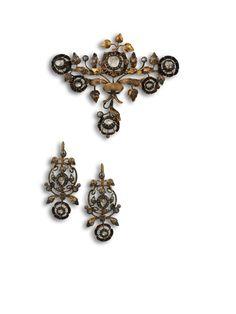 Pendientes y broche c. 1850 en oro amarillo, plata y diamantes