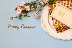Celebrate Passover 2020 by wishing everyone Happy Passover Greetings in Hebrew To Friends, Family, Loved Ones - Passover Greeting Images Wishes Messages Happy Passover Images, Happy Passover Greeting, Passover Greetings, Passover Holiday, Passover And Easter, Hanukkah, Greetings Images, Wishes Images, Passover Wishes