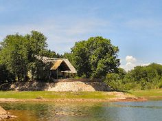 Spurwing Island, Zimbabwe