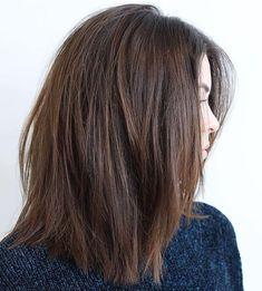 Medium Haircut For Thick Hair Medium Layered Hair, Medium Hair Cuts, Medium Hair Styles, Curly Hair Styles, Thick Medium Hair, Layers For Thick Hair, Straight Thick Hair, Straight Hairstyles, Cool Hairstyles