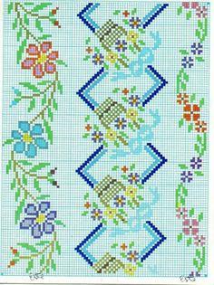 Cross Stitch Rose, Cross Stitch Flowers, Cross Stitch Embroidery, Cross Stitch Patterns, Seed Bead Flowers, Beaded Flowers, Cross Stitch Alphabet, Filet Crochet, Needlepoint