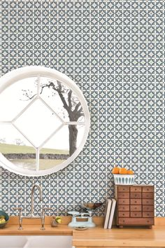 Flower Breeze from the new Layla Faye collection features a geometric repeated flower motif, creating a tile effect when hung. Kitchen Wallpaper Tiles, Hallway Wallpaper, Dining Room Wallpaper, Brick Wallpaper, Prepasted Wallpaper, Marble Effect Wallpaper, Plain Wallpaper, Graphic Wallpaper, Scandinavian Wallpaper