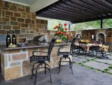 Our weather in NorCal is mild enough for outdoor kitchens like these.