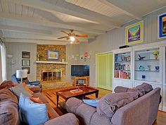 Waterfront+Bungalow+with+Private+Pool+and+Incredible+Deck+Views+++Vacation Rental in Texas from @homeaway! #vacation #rental #travel #homeaway
