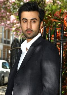 Have you noticed Ranbir Kapoor as a changed man in Koffee with Karan? - http://www.bolegaindia.com/gossips/Have_you_noticed_Ranbir_Kapoor_as_a_changed_man_in_Koffee_with_Karan-gid-37144-gc-6.html