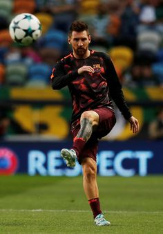 Anyone Can Play Soccer With These Tips Messi Fans, Messi 10, Lionel Messi Barcelona, Fc Barcelona, God Of Football, Messi Photos, Milan, Chelsea, Think
