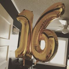 ♡ On Pinterest @ kitkatlovekesha ♡ ♡ Pin: Photography ~ Gold 16th Birthday Balloons ♡