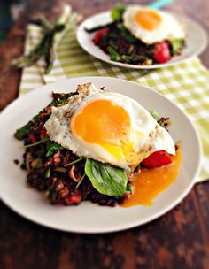 I'm never losing this recipe again! This is amazing. 13 Net Carbs per serving.  sweetsugarbean: Win! Warm Lentil, Bacon & Asparagus Salad with Fried Eggs