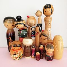 A few days ago, a new customer asked me if I had a personal collection. I do ! Here is a large part of my creative kokeshi collection. Not the main focus of my collection (which is traditional kokeshi dolls), but I am still happy to own these works! #Regram via @folkeshi