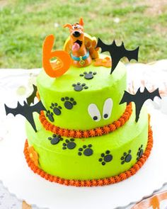 Scooby Doo 2 Tier Birthday Cake Isabella birthday cake ideas