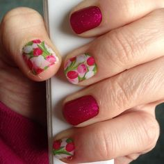 Jamberry Nails Manicure -  Wraps: Spring Fling and Fierce Fuchsia  http://elizabetha.jamberrynails.net