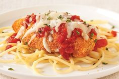 Shortcut Chicken Parmesan — One look at this chicken topped with sauce and melty mozzarella and they'll know it's gonna be good—but they won't guess it's a healthy living recipe with shake and bake Kraft Chicken Parmesan Recipe, Chicken Parmesan Recipes, Baked Chicken, Parmesan Pasta, Recipe Chicken, Parmasean Chicken, Chicken Parmigiana, Stuffed Chicken, Kraft Recipes