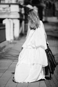 Alexa Carolin Thiele wearing REPLAY Dobby Dress. Check out similar dresses here: http://www.replayjeans.com/ch/shop/category/damen/rocke-und-kleidung/pc/48/50 #replay #replaygermany #dress #alexacarolinthiele #sancarolin