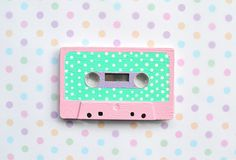 what a fun idea! Paint an old cassette tape as a cute and quirky decoration :) #mint #dots #spots