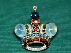 Vintage Trifari Sterling Silver Jelly Belly Jeweled Crown Brooch Pin Circa 1944