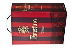 Terningkast 6: 1750106 Faustino Tempranillo, 13 prosent vol, Bodegas Faustino, Navarra/Spania, 300 cl, 389,90 kroner. Bestillingsutvalg. Dyp rød. Mørke skogsbær, hermetiserte kirsebær, samt sval duft av roser. Frisk med litt saftig preg. Bra konsentrasjon i frukt med balansert sødme og myke tanniner. Fast, fin avslutning med hint av vanilje i ettersmaken. En vin til tapas. Fin til svin og tradisjonelle kjøttretter, eller bare til kos.