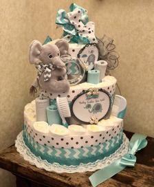 How to Make Diaper Cake Idee Baby Shower, Mesas Para Baby Shower, Shower Bebe, Baby Shower Diapers, Baby Shower Cakes, Baby Boy Shower, Baby Shower Gifts, Baby Gifts, Diaper Shower