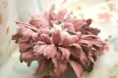 Pink Leather Flower Scrunchie with Pearls and Crystals art.28V5R44req43452   99.21€