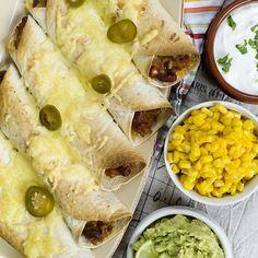 Fajitas med chili bønner og guacamole Fajitas, Enchiladas, Guacamole, Chili, Tacos, Ethnic Recipes, Wraps, Food, Chile