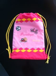 Turnbeutel hinten Drawstring Backpack, Backpacks, Bags, Fashion, Cinch Bag, Gymnastics, Handbags, Moda, Fashion Styles