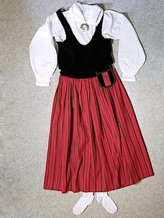 Meanwhile In Finland, Waist Skirt, High Waisted Skirt, Passion For Fashion, Tulle, Skirts, High Waist Skirt, Tutu, Skirt