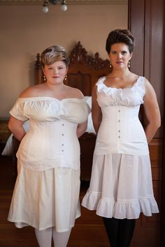 Custom Size Underbust Corset in White Cotton Sateen, Above Waist, Titanic Edwardian 1912 Era Historical Corset - Made to Order 1890s Fashion, Vintage Fashion, Old Fashion Dresses, Corset Costumes, Lace Tights, Period Outfit, Underbust Corset, Wedding Dresses Plus Size, Fashion Fabric