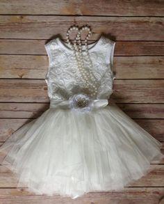 White Toddler Girls Dress, Vintage Toddler Girls Dress, Flower Girl Dress, Rustic Wedding, Birthday Dress, Beach Wedding
