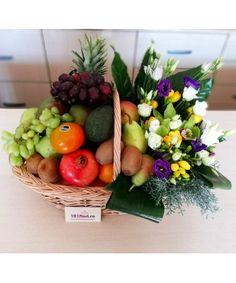 Flower Arrangements, Table Decorations, Flowers, Gifts, Home Decor, Floral Arrangements, Presents, Decoration Home, Room Decor