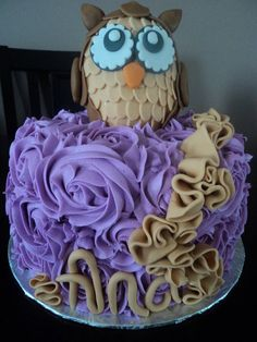 Purple Owl with Ruffles, but I would love it with a little brown bear on top.