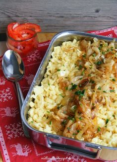 mellimille: Zünftig dished for a subdued childhood trauma: Allgäu cheese noodles
