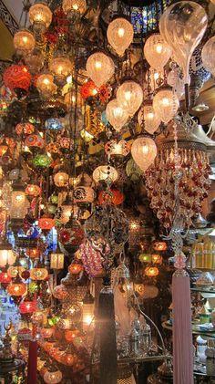Lamps in Instanbul bazaar - #famfinder