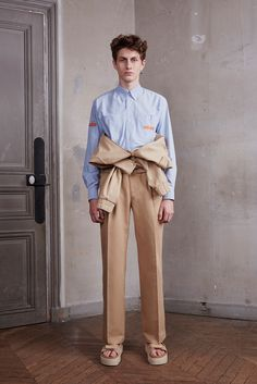 Off-White Spring 2016 Menswear Collection - Vogue Male Fashion Trends, Summer Fashion Trends, Fashion Week, Fashion Show, Mens Fashion, Fashion 2016, Fashion Art, Spring Summer 2016, Spring Summer Fashion