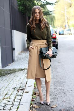 Fashion and style: High-slit skirt