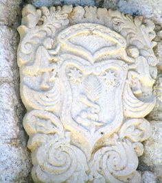 Kamenarovic - Dobrota Lion Sculpture, Arms, Statue, Sculptures, Sculpture, Weapons