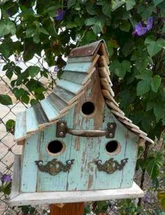 Epic 20+ Most Unique Wooden Bird Houses Design Ideas You Must Have In Your Garden https://freshouz.com/20-unique-wooden-bird-houses-design-ideas-must-garden/