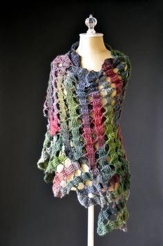 Bruges Noel Shawl By Universal Yarn - Free Crochet Pattern - (ravelry)
