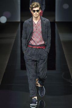 Giorgio Armani Spring 2017 Menswear Fashion Show Twin Outfits, Basic Outfits, Armani Men, Giorgio Armani, Dolce & Gabbana, Fashion Show, Fashion Outfits, Fashion Trends, Men's Fashion