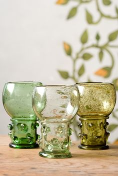 Items similar to Wine glass Roemer - 4 items set on Etsy Wine Goblets, Mason Jar Wine Glass, A Table, Art For Kids, Medieval, Glass Art, Cool Designs, Pottery, Antiques