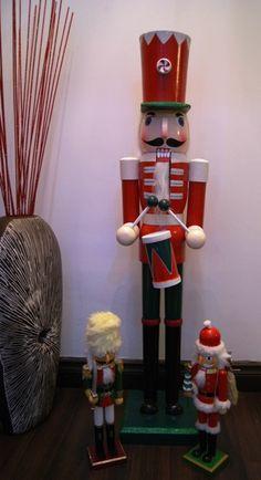 Nutcrackers Nutcracker Decor, Nutcracker Christmas, Love Holidays, Nutcrackers, Very Merry Christmas, Wonderful Time, Warriors, Elf, Display