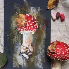 25 минутный мухоморный скетч готов🍄😄Мухомор. Наждачка #пастель #скетч #мухомор #рисуюпастелью #грибы #арт #осень #sandpaper #softpastels #softpastel #mushrooms #amanita