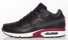 Nike Air Classic BW | Black & Team Red