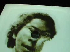 Oscar Muñoz, Galerie de l'UQAM, Montréal / Imprints for a Fleeting Memorial/Traces d'une mémoire évanescente Galerie de l'UQAM, Montréal 23 octobre--21 novembre 2009