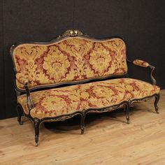 Antique Market Parino French Sofa in damask velvet of the early century. Century, Furniture Decor, French Sofa, Damask, Sofa, Furniture, Love Seat, Armchair, Chair Design