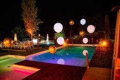 La splendida scenografia sulla piscina esterna di Villa Giordano Wedding Events, Swimming Pools, Villa, Outdoor Decor, Home Decor, Swiming Pool, Pools, Decoration Home, Room Decor