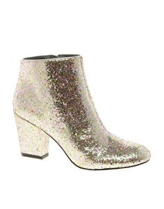 Enlarge ASOS ALL THAT JAZZ Glitter Ankle Boots-http://www.asos.com/ASOS/ASOS-ALL-THAT-JAZZ-Glitter-Ankle-Boots/Prod/pgeproduct.aspx?iid=2365712=1931=-1,29=0=2=200=3=Silverglitter
