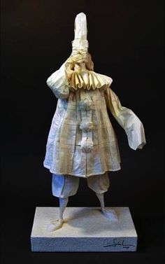 The characters from Commedia dell'Arte- Eric Joisel, paper master pieces