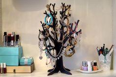 Beitrag 11 von The Prime of Life blog! #schmuck #schmuckbaum #deko #jewelrytree #homedecor - http://www.fashionforhome.de/schmuckbaum-challenge