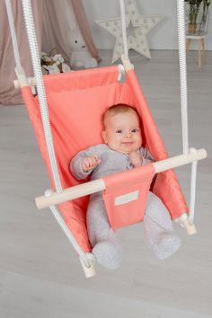 A Baby Shower Really is a Time for Celebration for Everyone Indoor Hammock, Hammocks, Baby Diy Projects, Diy Bebe, Diaper Changing Pad, Baby Swings, Gifts For Office, Swinging Chair, Baby Essentials