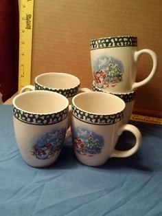 Thomson Pottery China Snowman Cabin Trees Red Birds Christmas Mugs Set of 5 in Home & Garden, Holiday & Seasonal Décor, Christmas & Winter | eBay